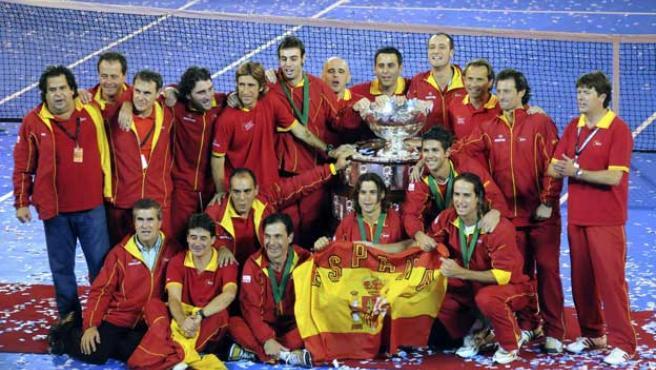 España celebra la Davis (Agencias).