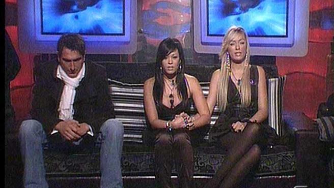 Iván, Nani y Loli antes de las nominaciones. (Visto en Gran hermano 24 horas).