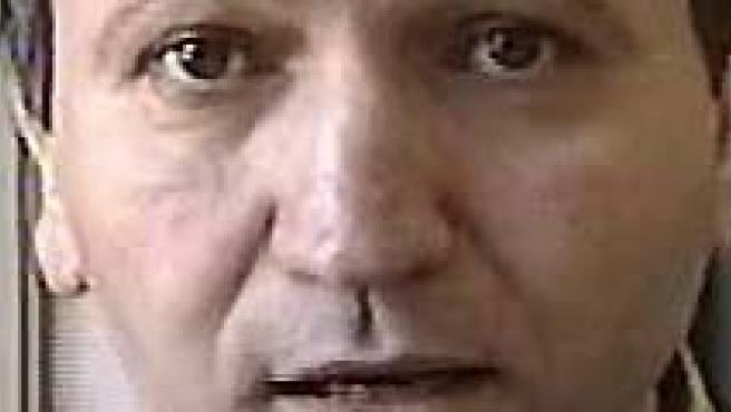 En el centro, Santiago del Valle, presunto asesino de Mari Luz.