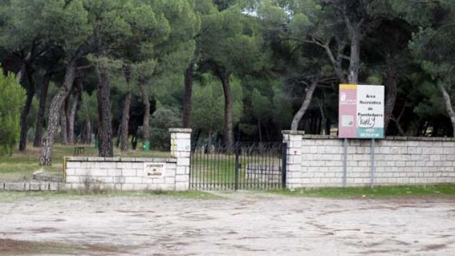 El lugar elegido es un área recreativa junto a la playa fluvial de Puente Duero.
