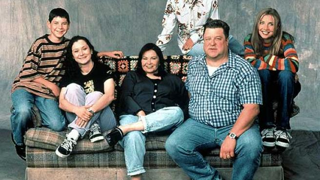 El reparto de la serie 'Roseanne'.