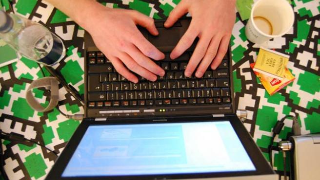 Un usuario de portátil Lenovo.