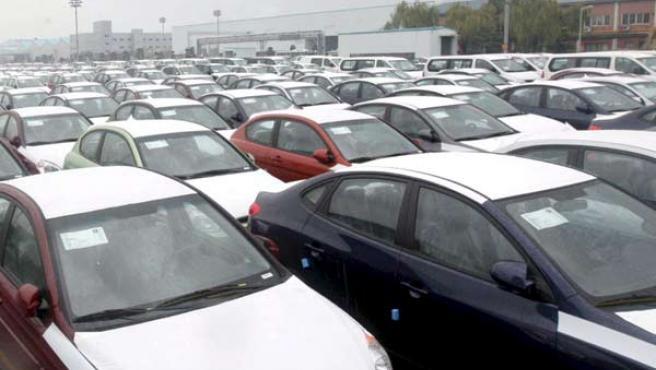 En noviembre se vendieron la mitad de vehíclos que el mismo mes del año pasado, según los datos de la Anfac (EFE).