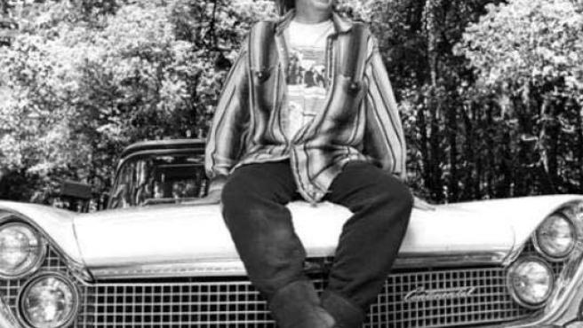 Young y su Lincoln Continental eléctrico.