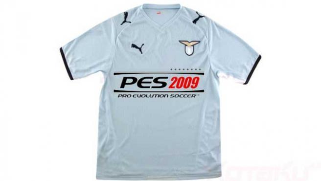 Camiseta de la Lazio con publicidad del PES 2009.