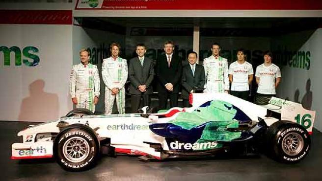 Imagen de archivo de una presentación del equipo Honda, antes de comenzar el Mundial 2008.