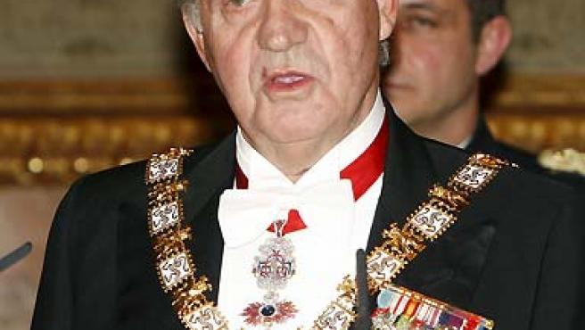 El Rey, durante su discurso en la cena oficial ofrecida en honor del Presidente de Panamá, Martín Torrijos, el pasado mes de noviembre.