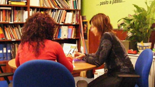 Los trabajadores españoles son de los menos comprometidos de Europa con su trabajo (EFE).