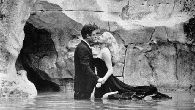 Un momento de la la película 'La Dolce Vita' de Fellini.