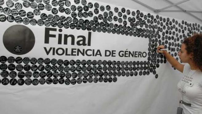 Imagen de una campaña contra la violencia de género. (ARCHIVO)