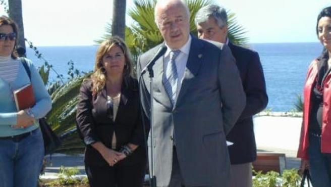 Presidente del Cabildo Insular de Tenerife.