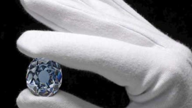 'Wittelsbach azul', un diamante regalado a la infanta Margarita Teresa de Austria por su padre, Felipe IV. (REUTERS)
