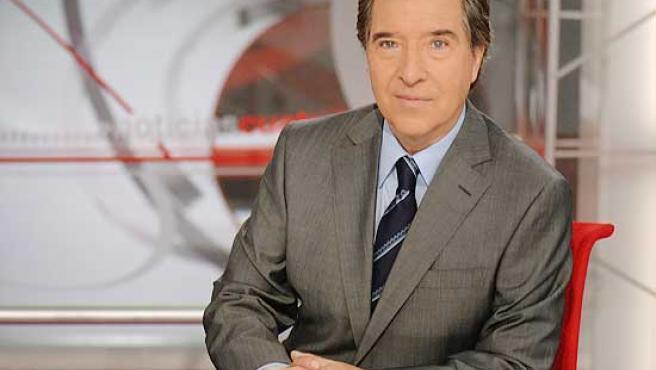 Iñaki Gabilondo, al frente de la edición nocturna de los informativos.