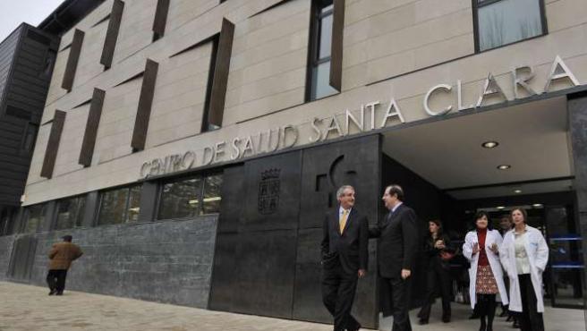 El presidente de la Junta recorrió las instalaciones acompañado por el consejero de Sanidad, Francisco Javier Álvarez Guisasola.