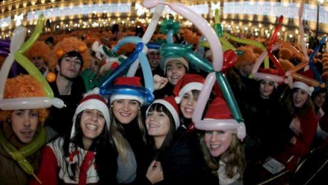 Los universitarios celebran la Nochevieja en Salamanca.