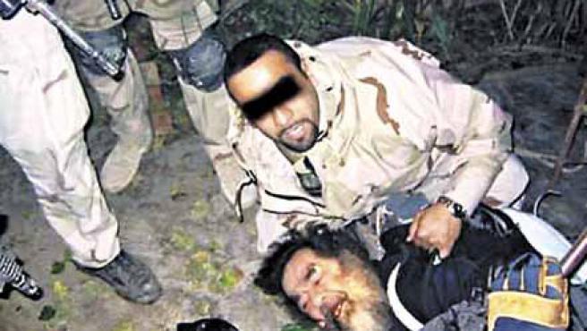 El momento de la captura de Sadam Husein (ARCHIVO)
