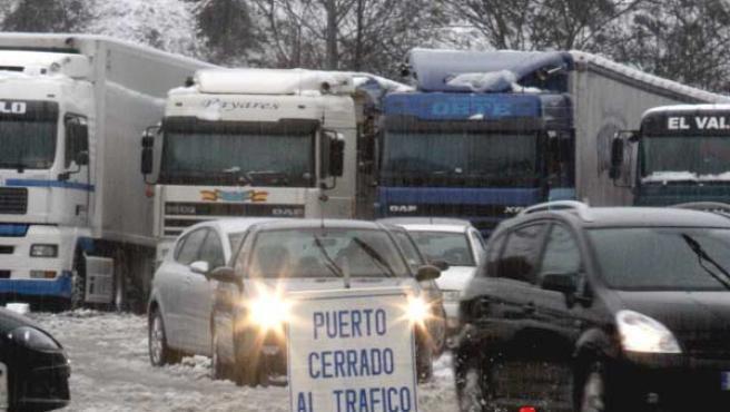 Imagen del temporal de nieve en Asturias (AGENCIAS).