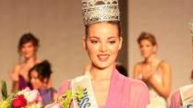 Miss Sevilla el día de su coronación.