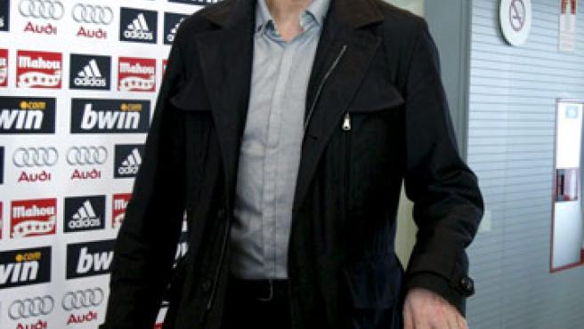 El entrenador del Real Madrid, Juande Ramos, durante una rueda de prensa en la Ciudad Deportiva de Valdebebas. (EFE)