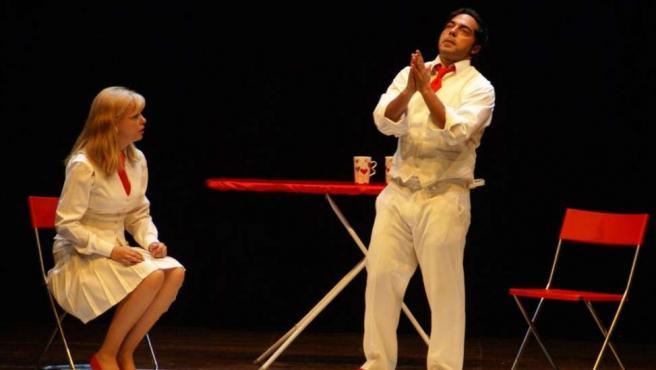 Emma Ozores y Mario Tardón protagonizan esta comedia.