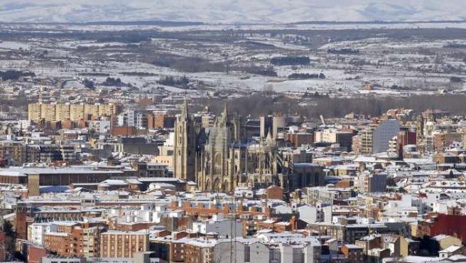 La nieve caída durante los últimos días ha dejado esta impresionante panorámica de León.