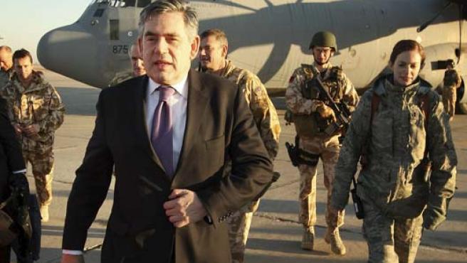 Brown ha visitado por sorpresa a sus tropas en Irak (REUTERS).