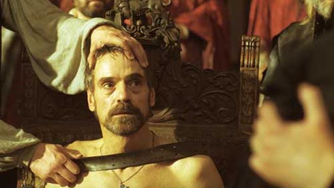 Jeremy Irons en un fotograma de la película 'El mercader de Venecia'.