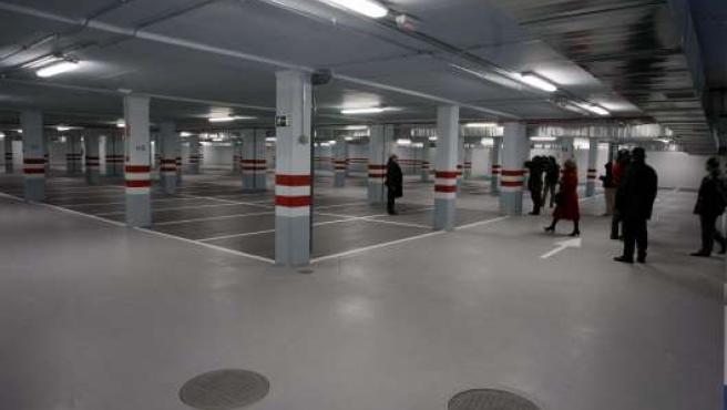 Interior del nuevo aparcamiento instalado junto al antiguo Mercado.