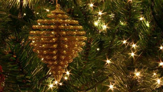 Las luces navideñas a veces no cumplen la normativa.