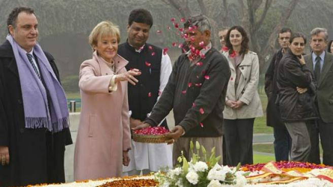 La vicepresidenta primera del Gobierno español, María Teresa Fernández de la Vega, en su visita oficial de seis días a la India.