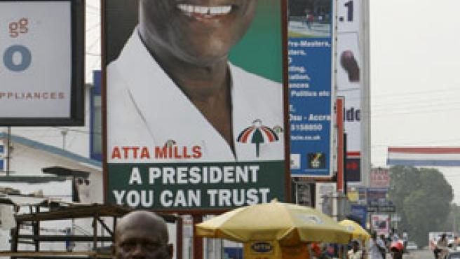 El vencedor de las elecciones en Ghana, Evans Atta Mills. (REUTERS)