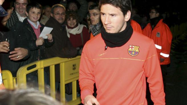 El jugador del F.C.Barcelona, el argentino Lionel Messi, a su vuelta de las vacaciones navideñas. (EFE)