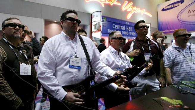 Asistentes al Consumer Electronics Show de Las Vegas.