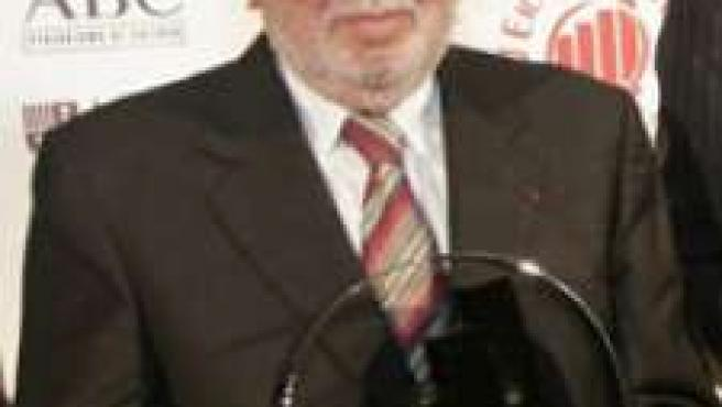 Armand Basi.