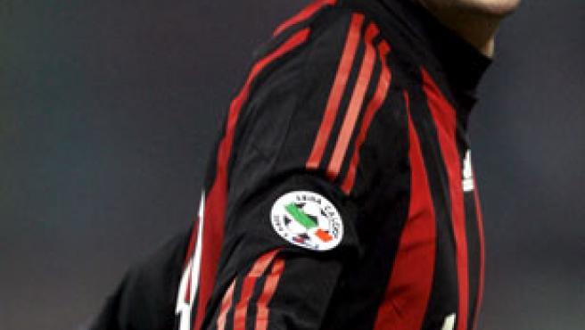 Kaká, mediapunta del Milan, festeja uno de sus goles ante el Udinese.