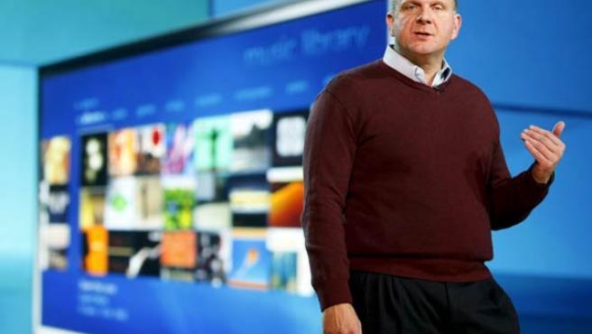 Steve Ballmer presenta Windows 7 en el CES.
