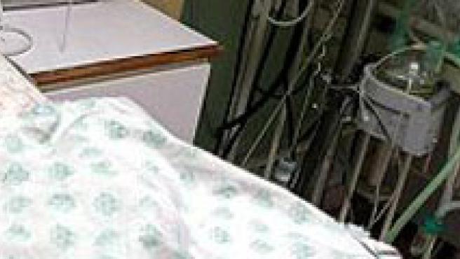 Un niño en el hospital. (EFE)