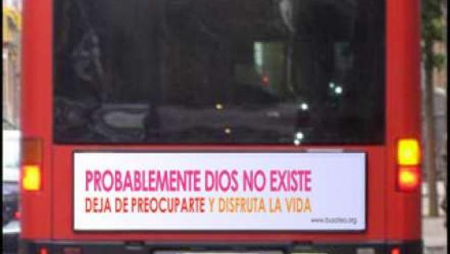 Fotomontaje realizado por la Unión de Ateos y Librepensadores.