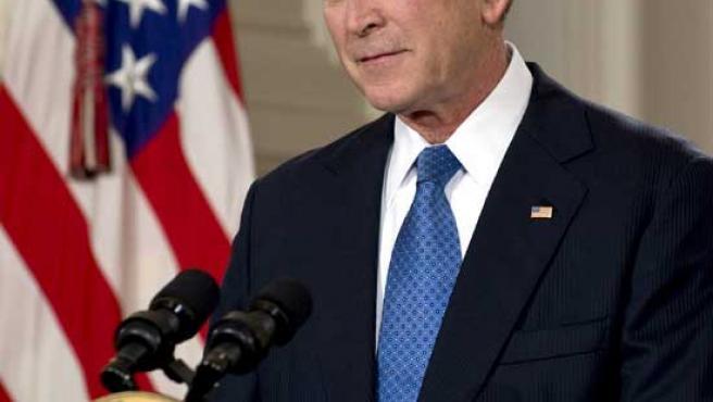 El presidente de EE UU, George W. Bush, durante su discurso de despedida, en la Casa Blanca (M. GARCÍA / EFE)