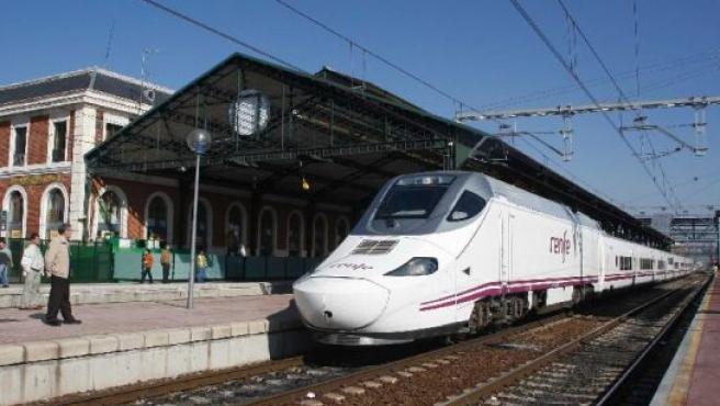 El nuevo Alvia Pamplona-Barcelona