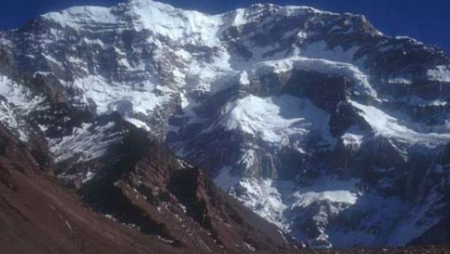 Una impresionante panorámica del Aconcagua. FOTO: LUCIO CONTIGIANI