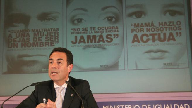 El delegado del Gobierno para la Violencia de Género,Miguel Lorente, durante una rueda de prensa.