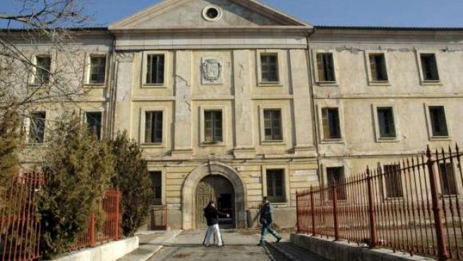 Vista de la entrada principal de la antigua Casa de Misericordia, que albergará el Museo Nacional de Etnografía. (EFE)