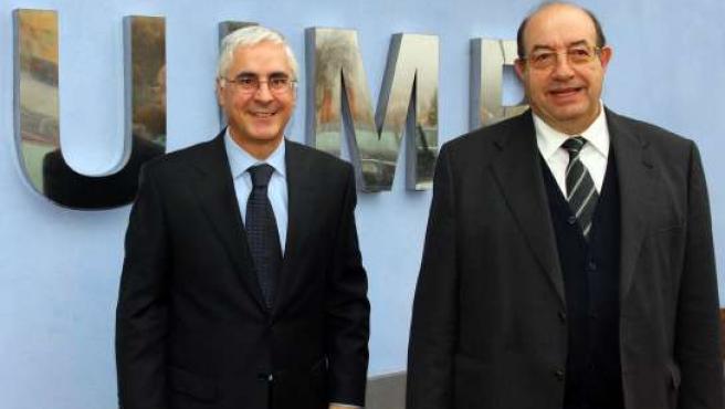 El presidente de Castilla-La Mancha, José María Barreda, con el rector de la UIMP, Salvador Ordóñez. (JCCM)