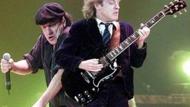 AC/DC tocarán el 4 de abril en el BEC.