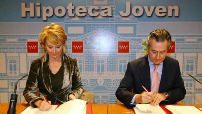 Aguirre y Blesa, en un acto de la Comunidad. (COM. MADRID)