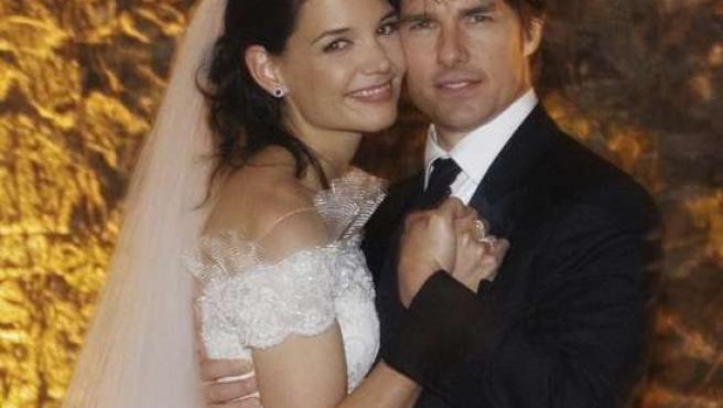 Tom y Katie siguen tan enamorados como el día de su boda. (ARCHIVO)