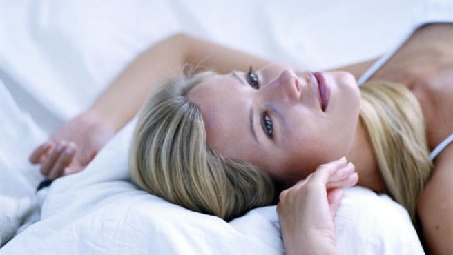 Tener relaciones sexuales retrasa el sueño a las mujeres.