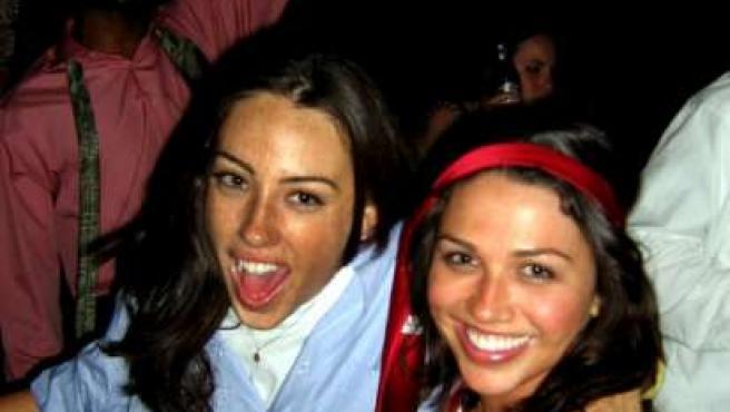 Megan y Laney, dos de las chicas del selecto club. (Dabagirls)