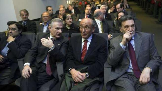Miguel Carreras, Vicente Orden Vigara, Jose Antolín y Miguel Alejo asisten a la conferencia 'Siempre existen oportunidades'. (ICAL)